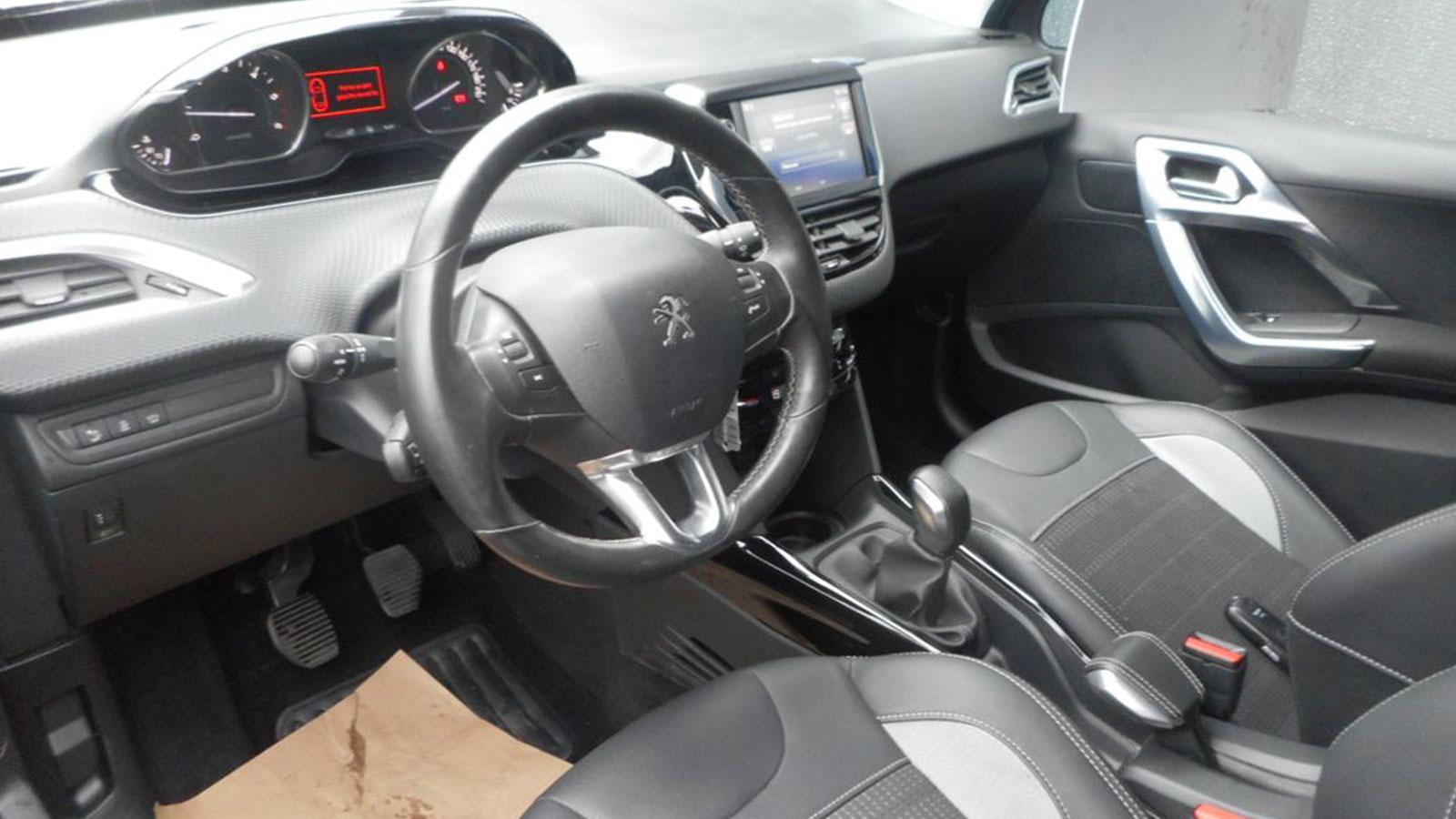 Peugeot 2008 16 Blue Hdi 100ch Allure Opel Dieppe 76 Seine